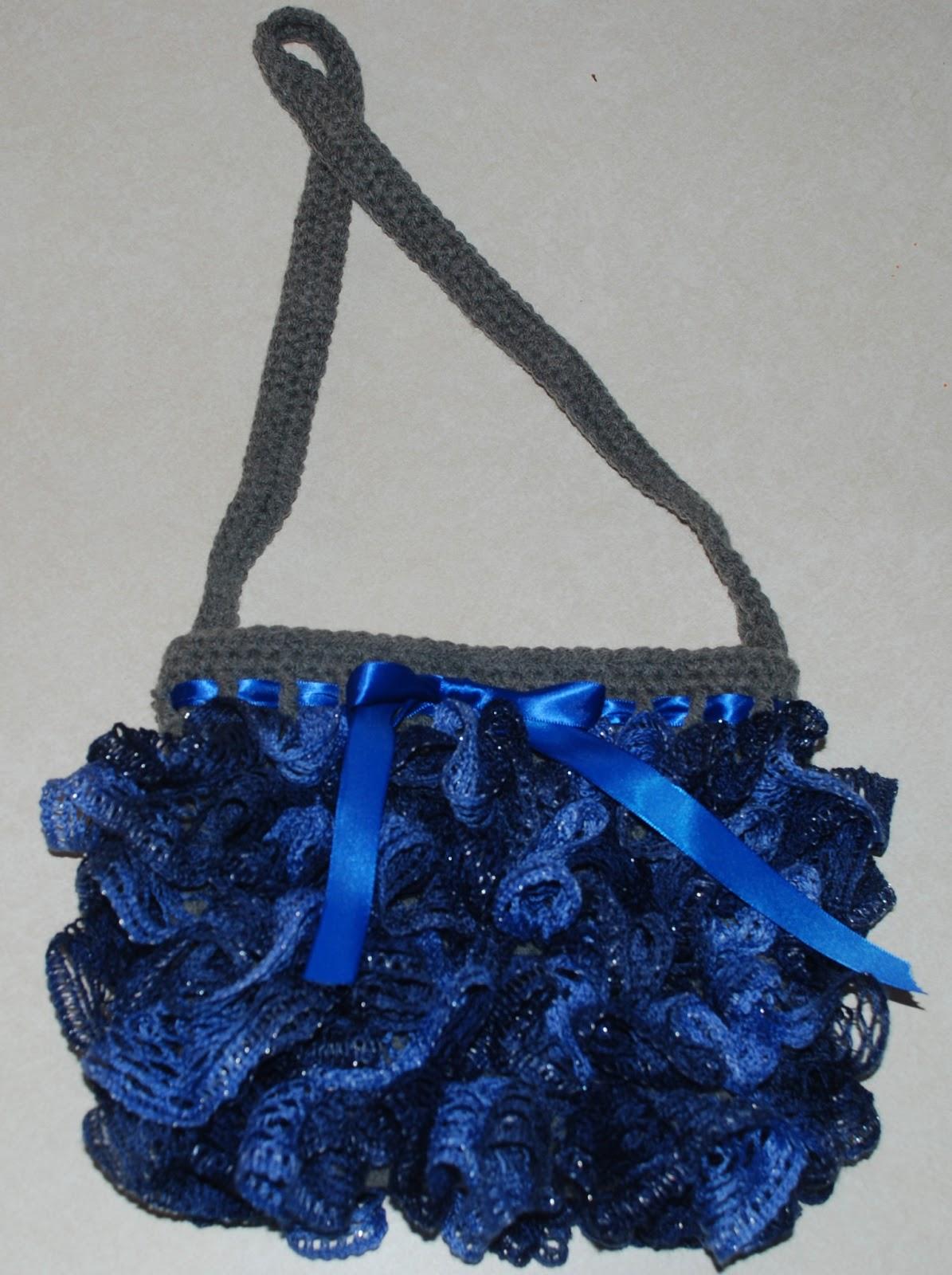 22 free crochet purse bag patterns sashay ruffle purse sashay ruffle purse free pattern at amray1976 bankloansurffo Images