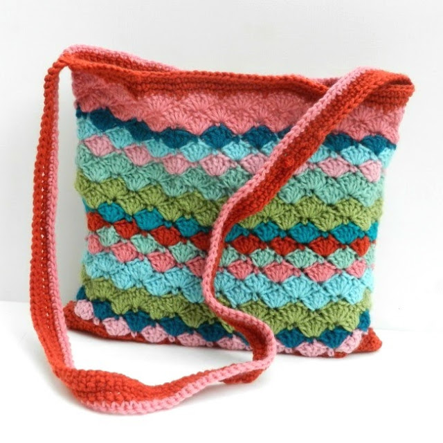 Free Crochet Patterns For Purses Bags : 22 Free Crochet Purse & Bag Patterns