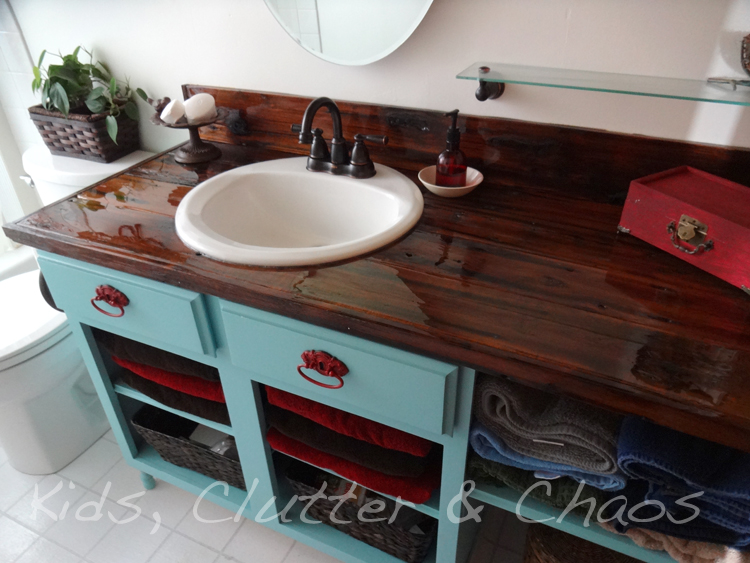 Make a countertop with Old Fencing