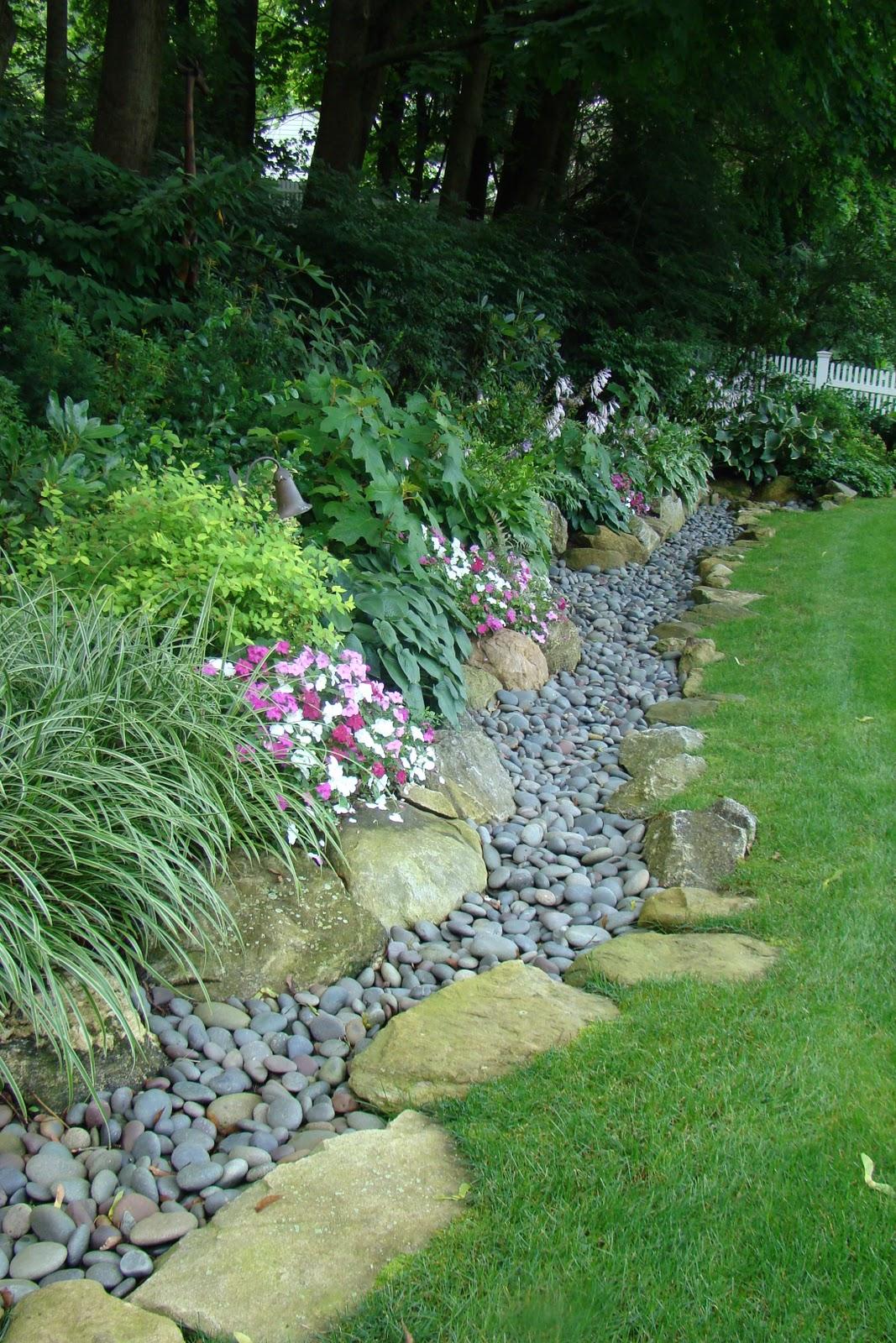 Rocks Used As Garden Edging