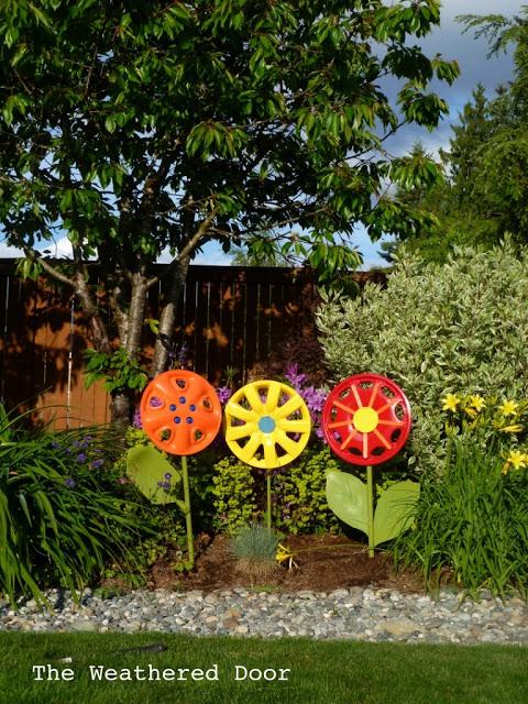 Turn Old Hubcaps into Fabulous Garden Art Flowers