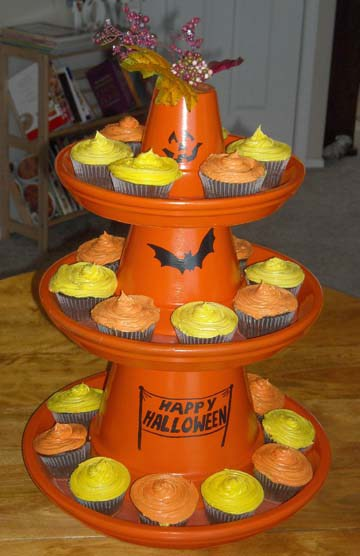 Halloween Cupcake Pot Stand