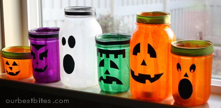 16 Halloween Mason Jar Crafts