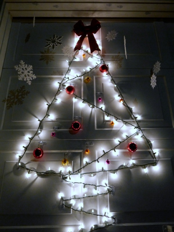 simple garage door christmas tree - Cheapest Christmas Outdoor Lights Decorations