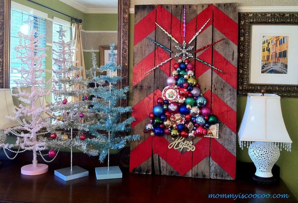 Chevron Pallet Ornament Christmas Tree