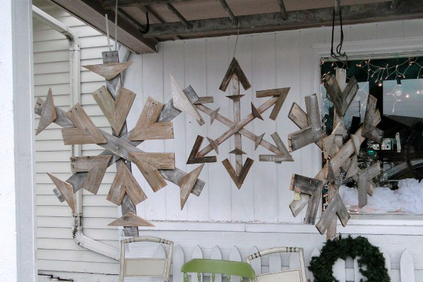 Repurposed Pallet Snowflakes