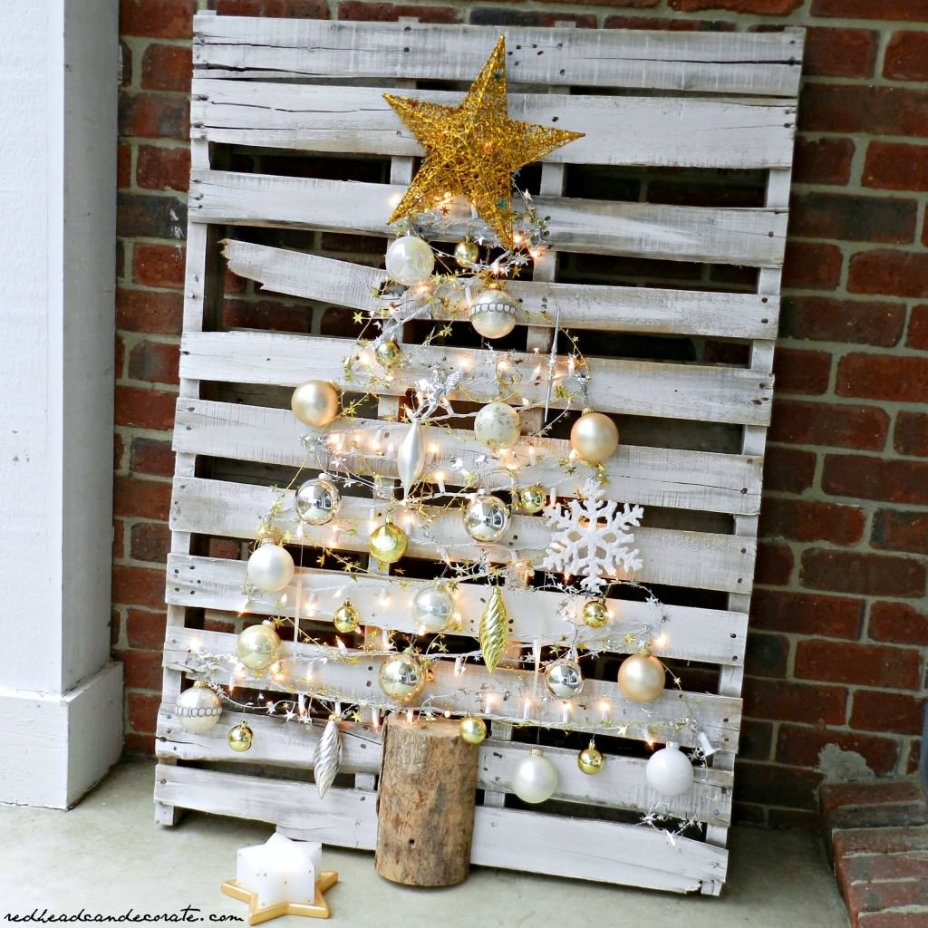 stylish pallet christmas tree - Wooden Christmas Crafts