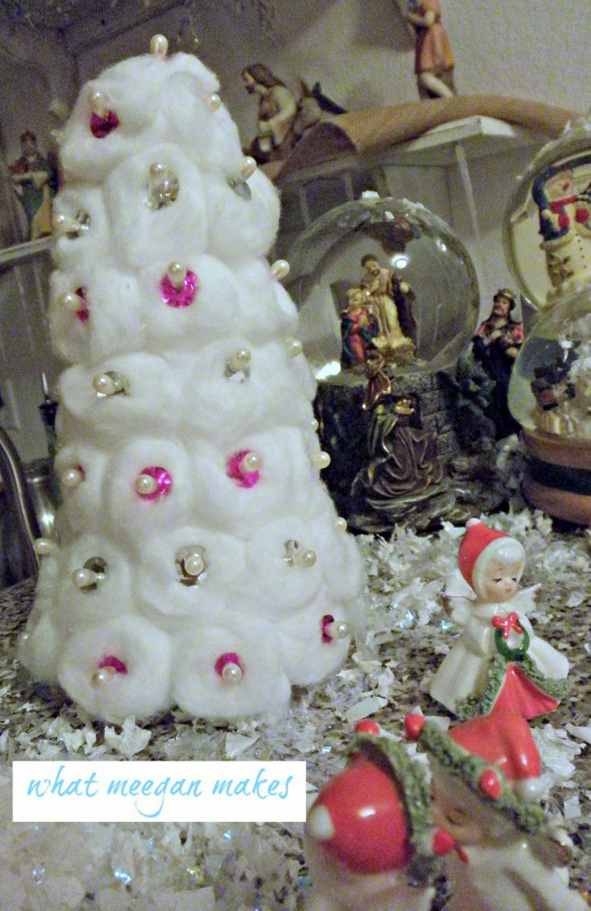 Cotton Ball Christmas Tree