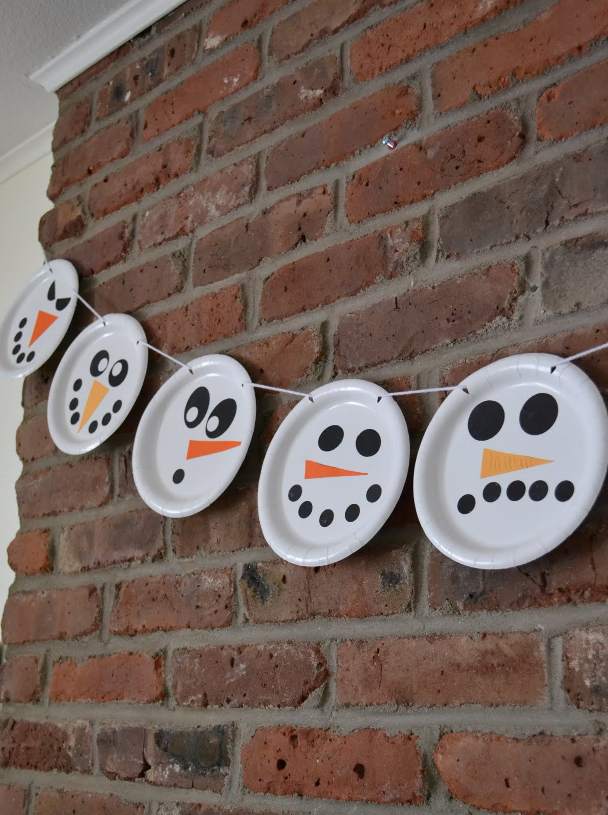 Snowmen Garland Made From Paper Plates