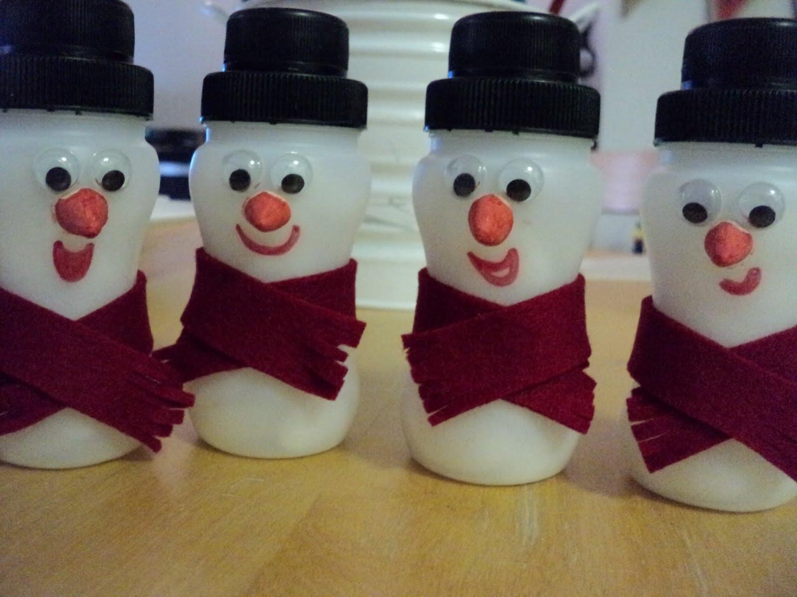 Yoghurt Bottle Snowmen