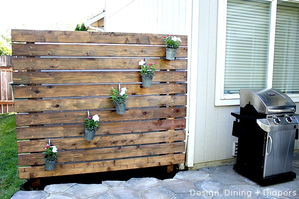 Build a garden slat wall