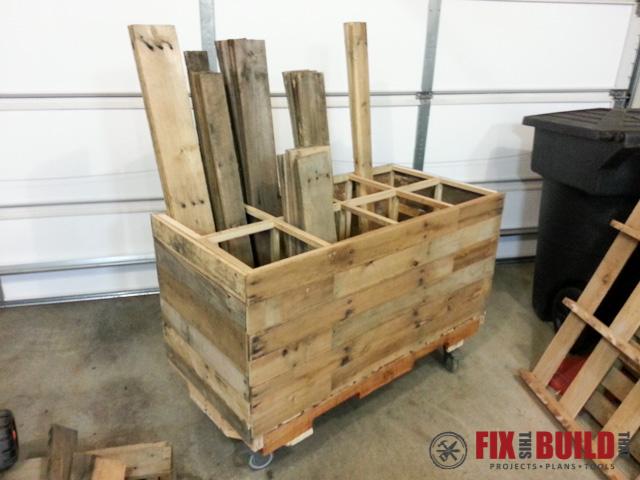 10 Clever Amp Budget Friendly Diy Scrap Wood Storage Ideas
