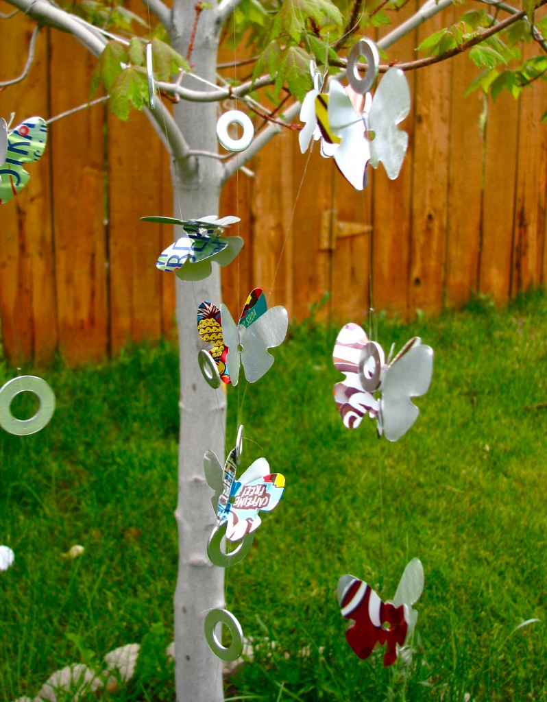 Wind Chimes out of Soda Cans and Washers