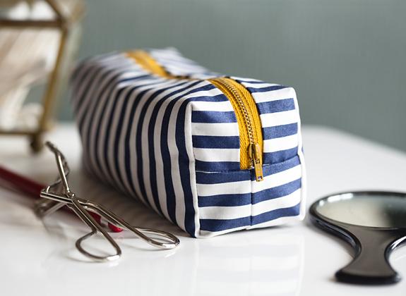 Mini Boxy Makeup Bag