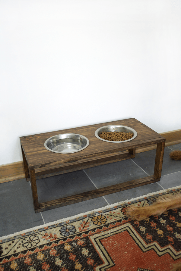 Modern Dog Food Holder