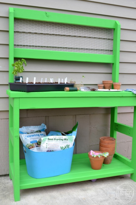 Potting Bench Made Entirely of 2 x 4s