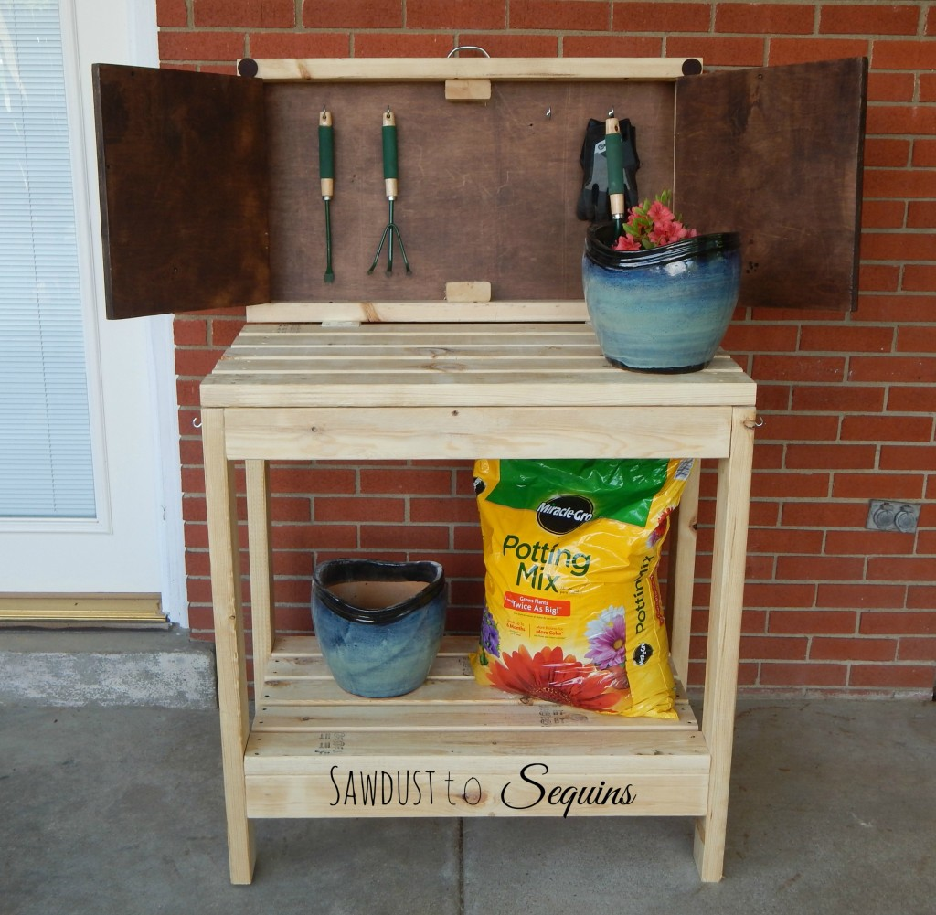 Potting Bench with a Flat Cabinet