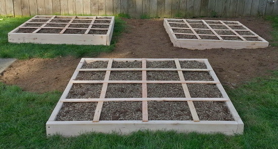 The Square Foot Garden Bed