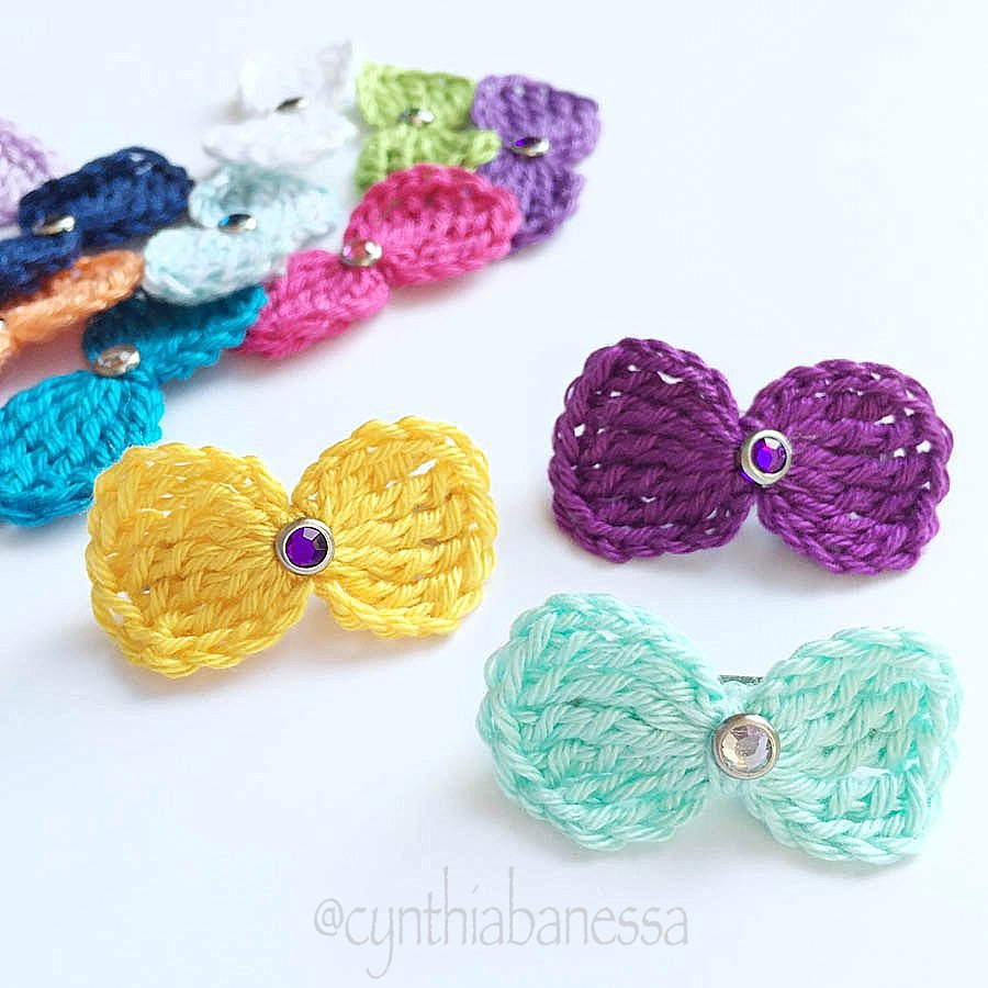 Simple Crochet Hair Bows