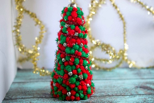 Pom Pom Christmas Tree Centerpiece
