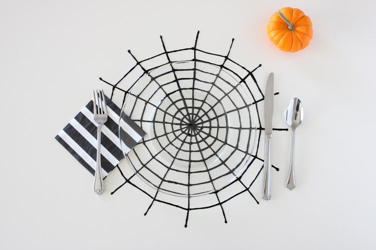 halloween spiderweb place mats