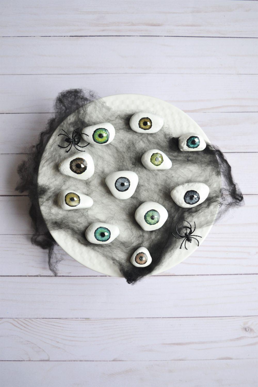 Spooky Tray of Eyeballs