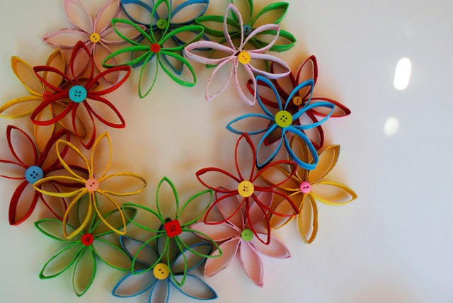 Flower Wreath Made From Toilet Paper Rolls