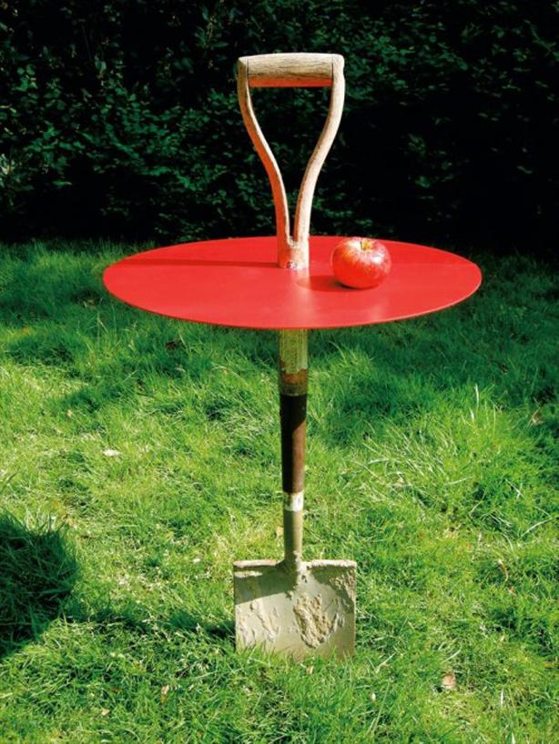 Garden table made from a spade