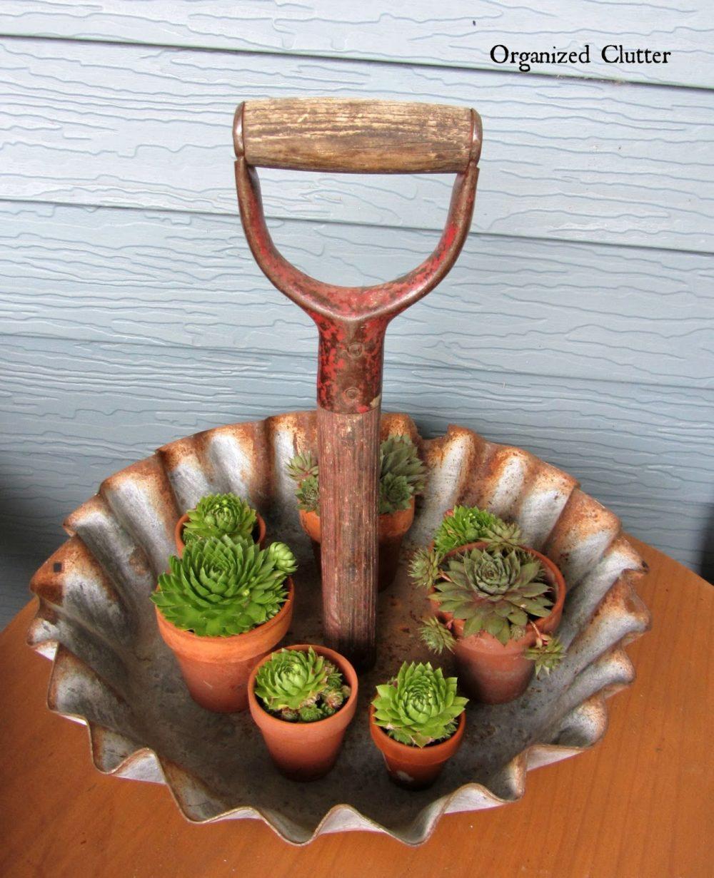 Shovel Handle Display Tray